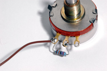 Release Pot Assembly with Brown Wire
