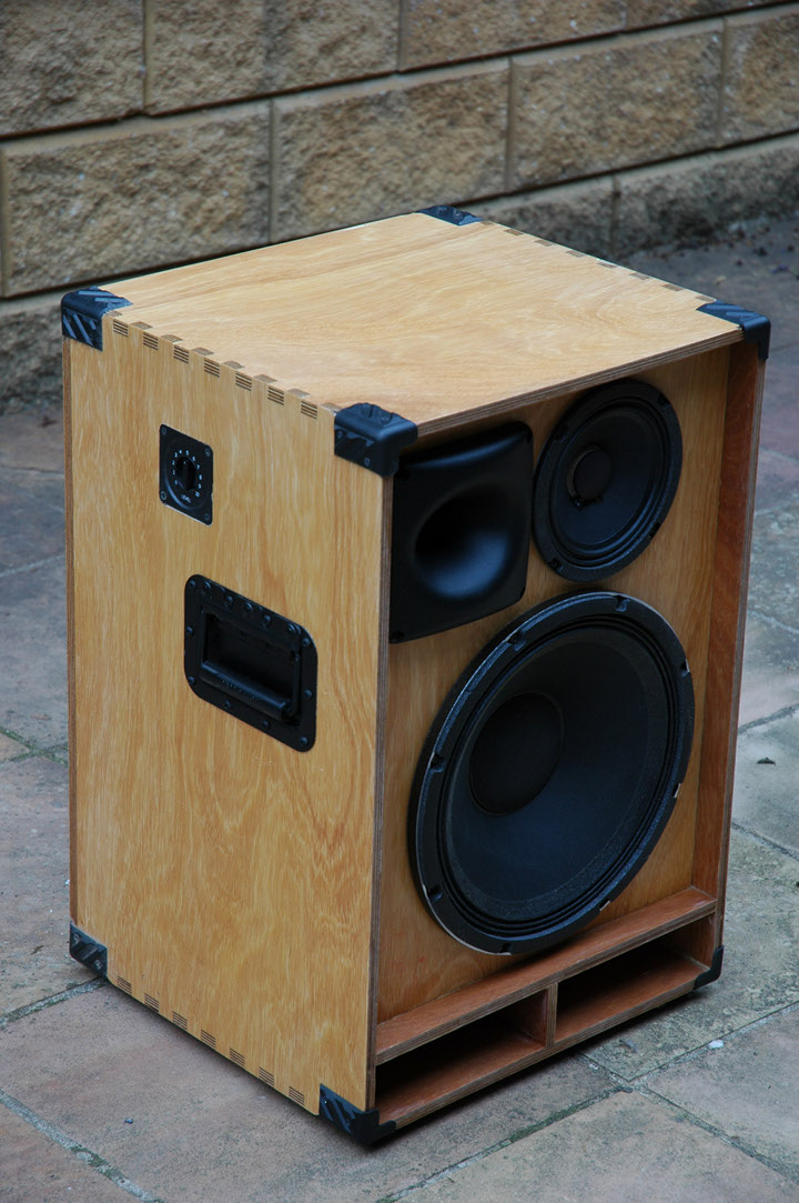 build your own bass speaker cabinet cabinets matttroy. Black Bedroom Furniture Sets. Home Design Ideas